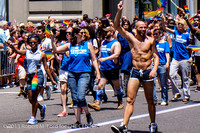 PrideMarch_039_20130630-2